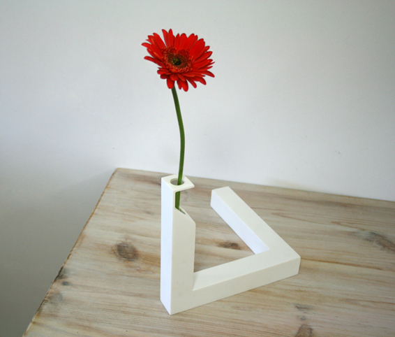 http://cuatrocuatros.com/files/gimgs/20_90-optical-illusion-vase-cuatro-cuatros.jpg